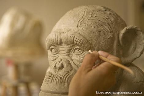 Jacquesson_chimpanze_sculpture_anim