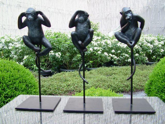 009 Les Trois singes