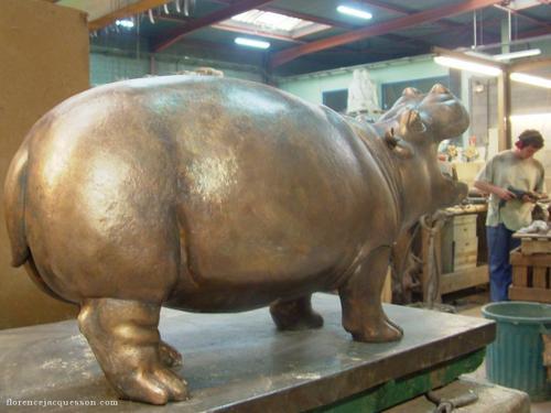 Hippopotame bronze
